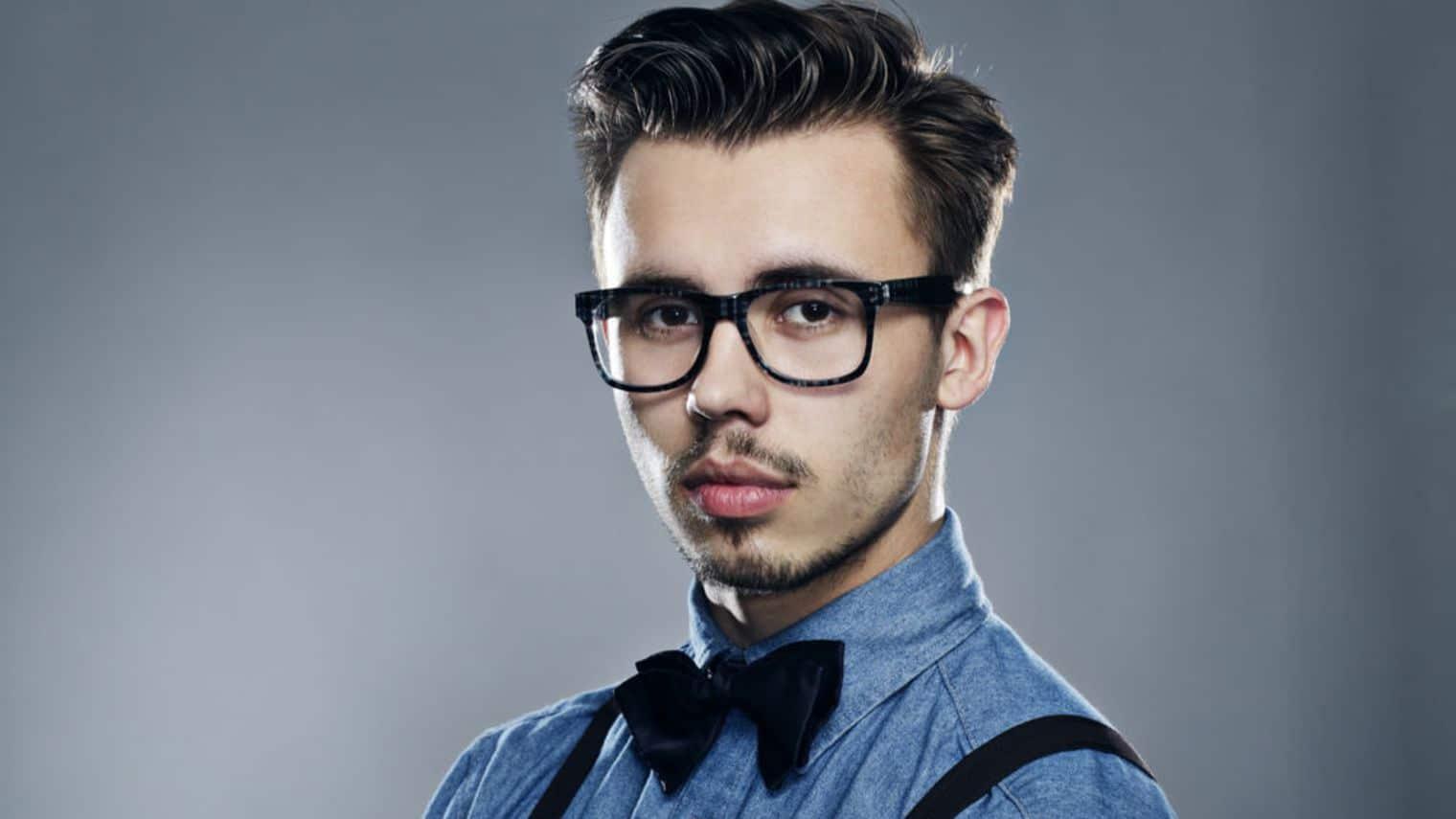 j ai l air d un jeune homme avec ma lunette de vue. Black Bedroom Furniture Sets. Home Design Ideas